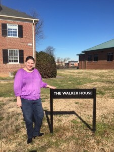 Laura in front of the Walker House, the site for her 2015/2016 part-time internship at UMFS.